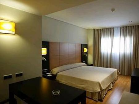 Double Room Sercotel Gran Fama
