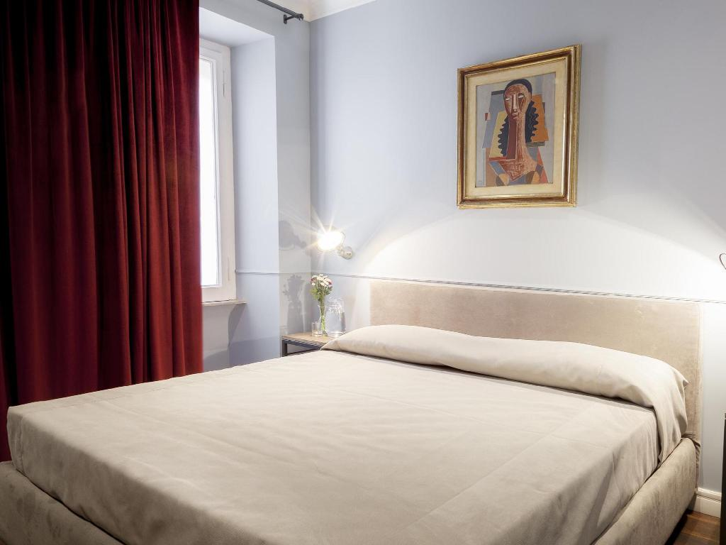 Double Room - Bed Art Seven Roma Guest House