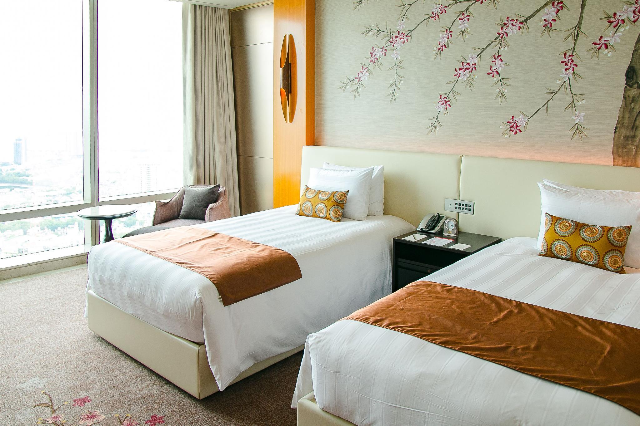Club Deluxe Room with Twin Bed - Club Lounge Access for Adults Only