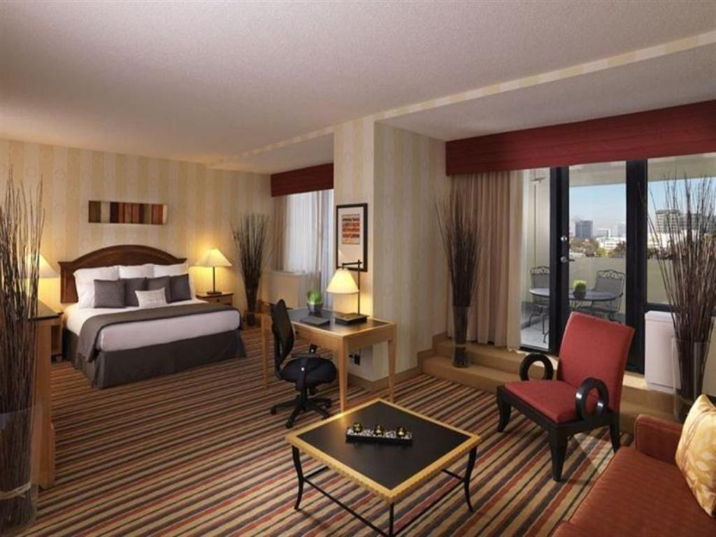 Crowne Plaza Atlanta - Midtown in Atlanta (GA) - Room Deals, Photos ...