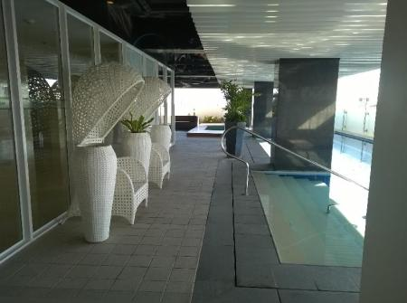 Swimming pool Injap Tower Hotel
