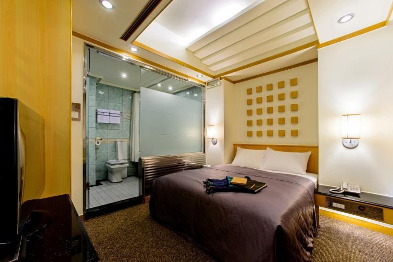Suite Commercial dengan 1 Ranjang Double (Commercial Suite with 1 double bed)