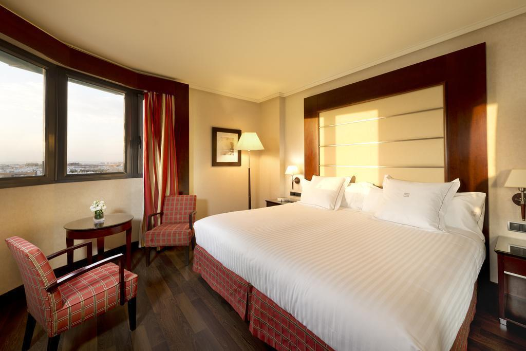 Double or Twin - Guestroom Sevilla Center Hotel