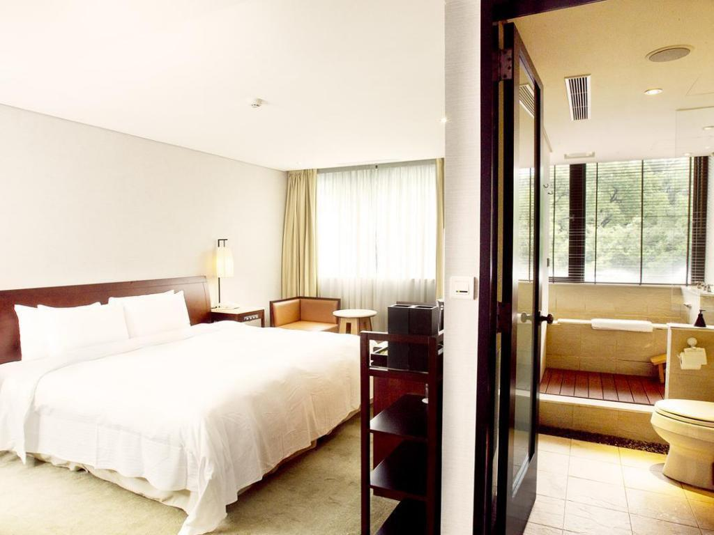 Standard Double Bed Beitou Sweetme Hotspring Resort