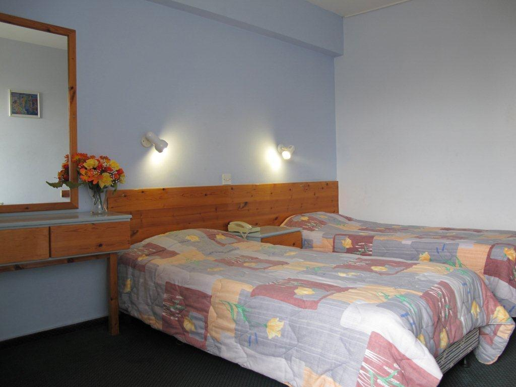 Standard Double/ Twin - Guestroom San Remo Hotel
