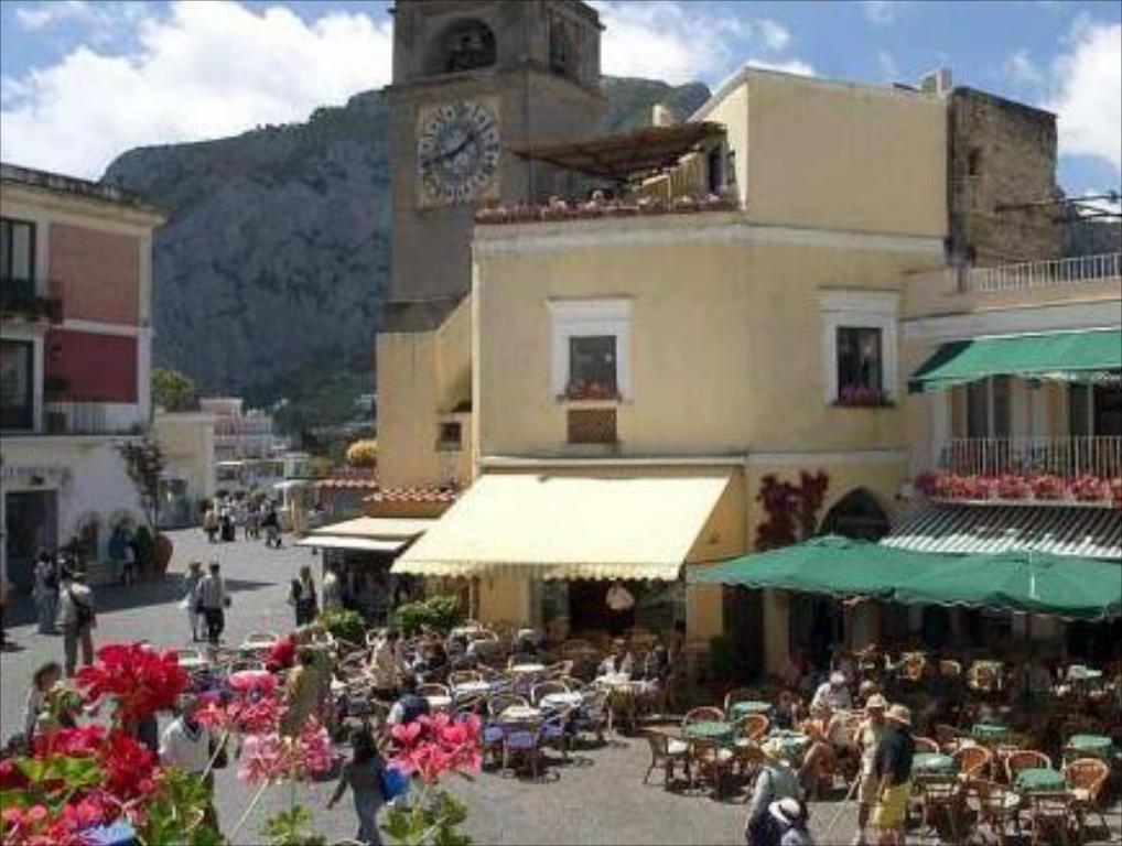 Best Price On Albergo Gatto Bianco In Capri Reviews