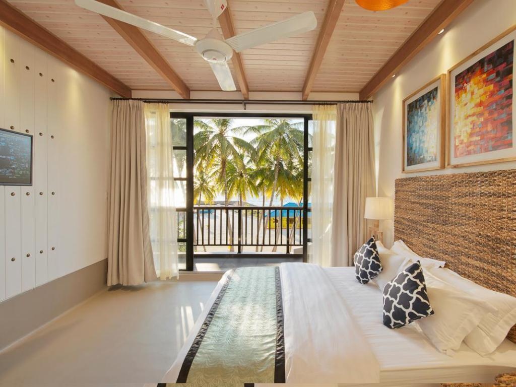 Beach Deluxe Guestroom Crystal Sands Hotel At Maafushi
