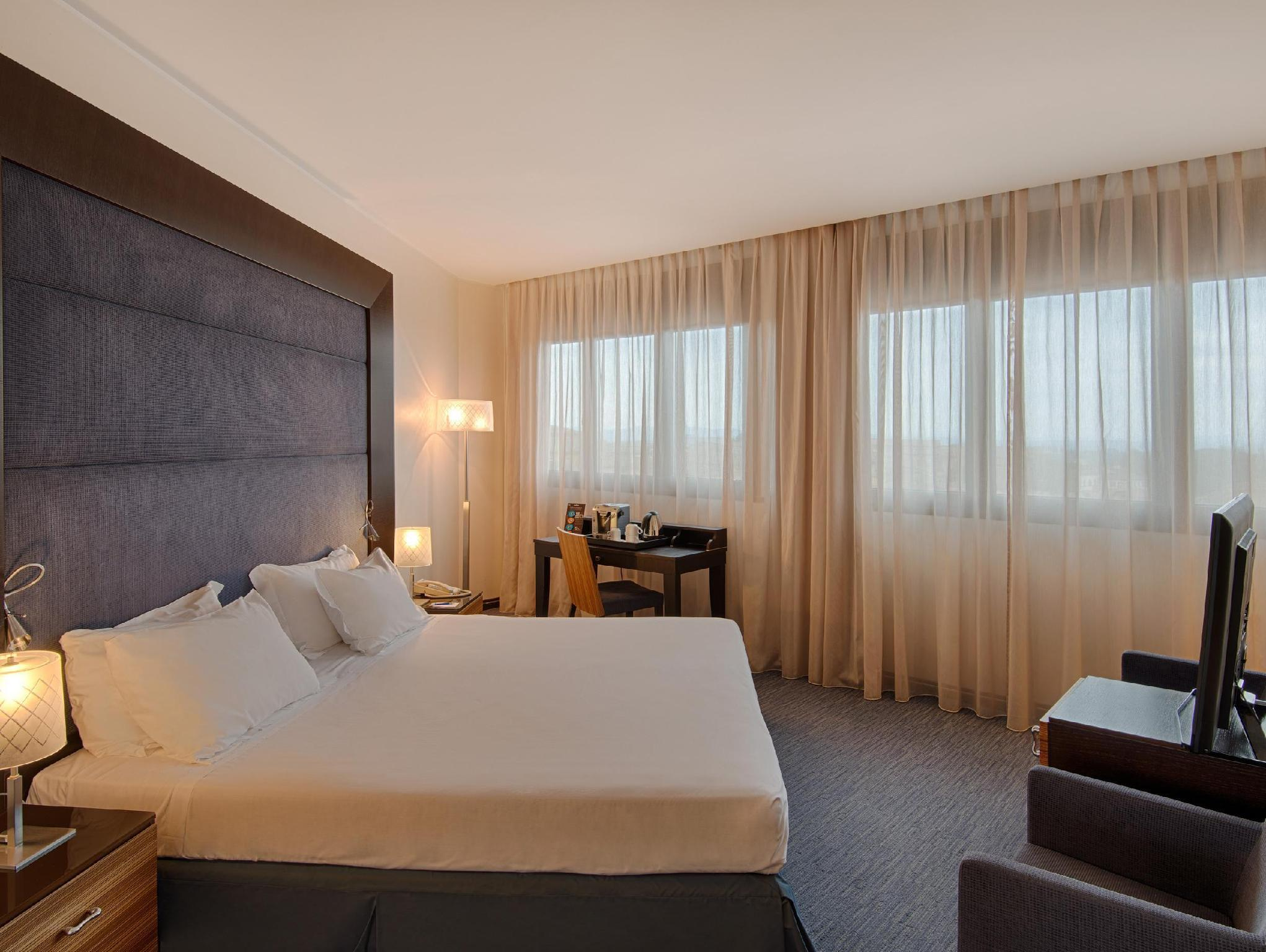 Купить номер в отеле в Сиена
