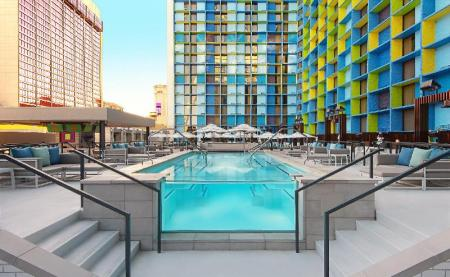 Swimming pool [outdoor] The Linq Hotel and Casino