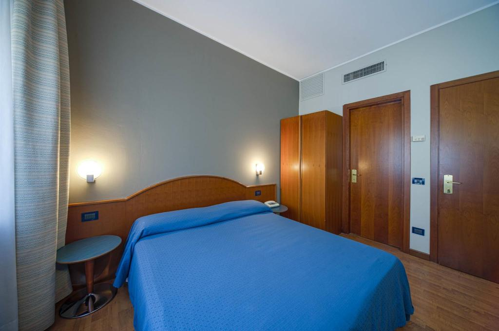 Single Room - Bed Centrale Hotel