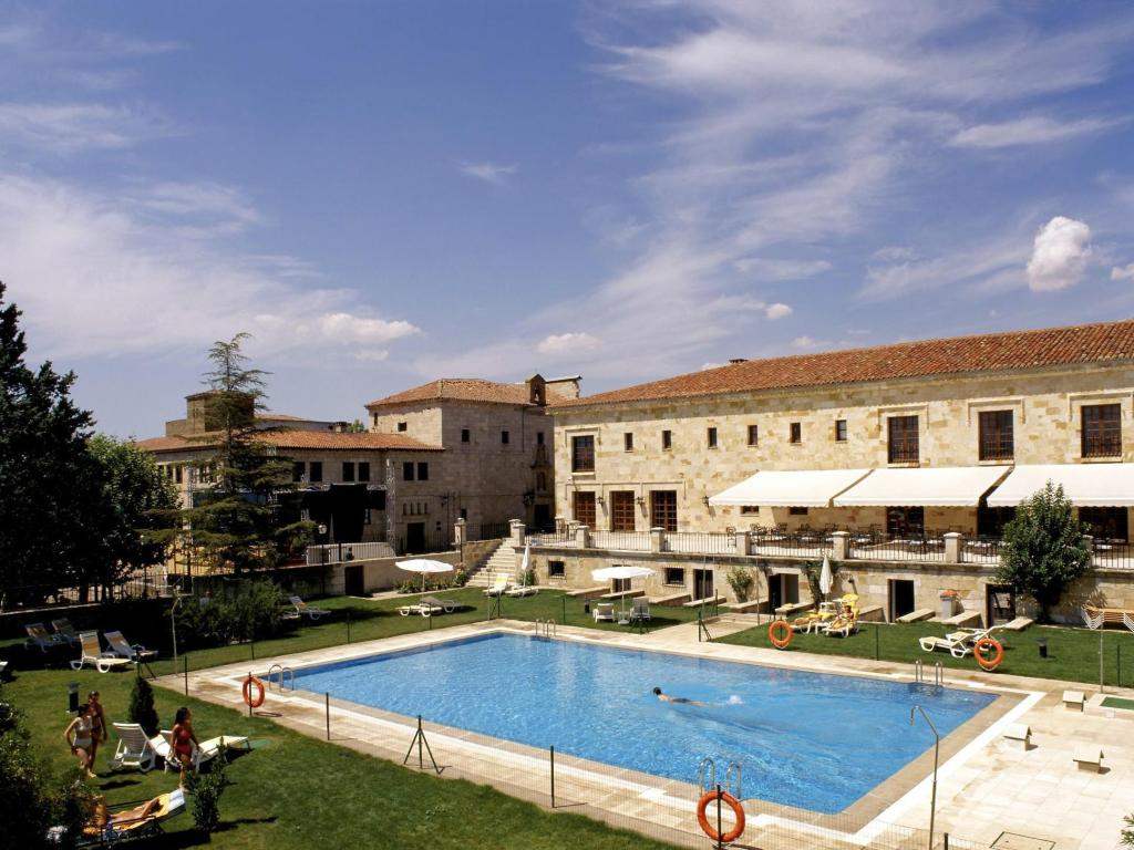 More about Parador de Zamora