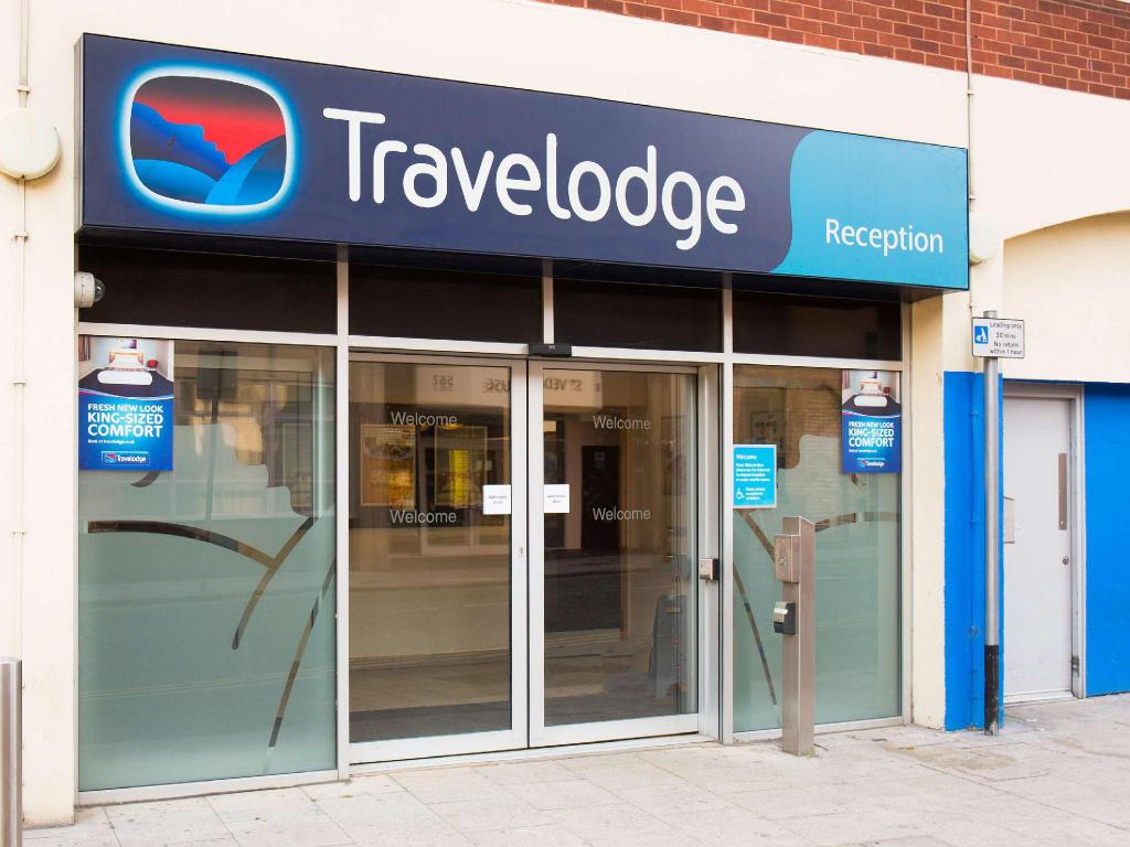 Exterior view Travelodge Norwich Central Riverside