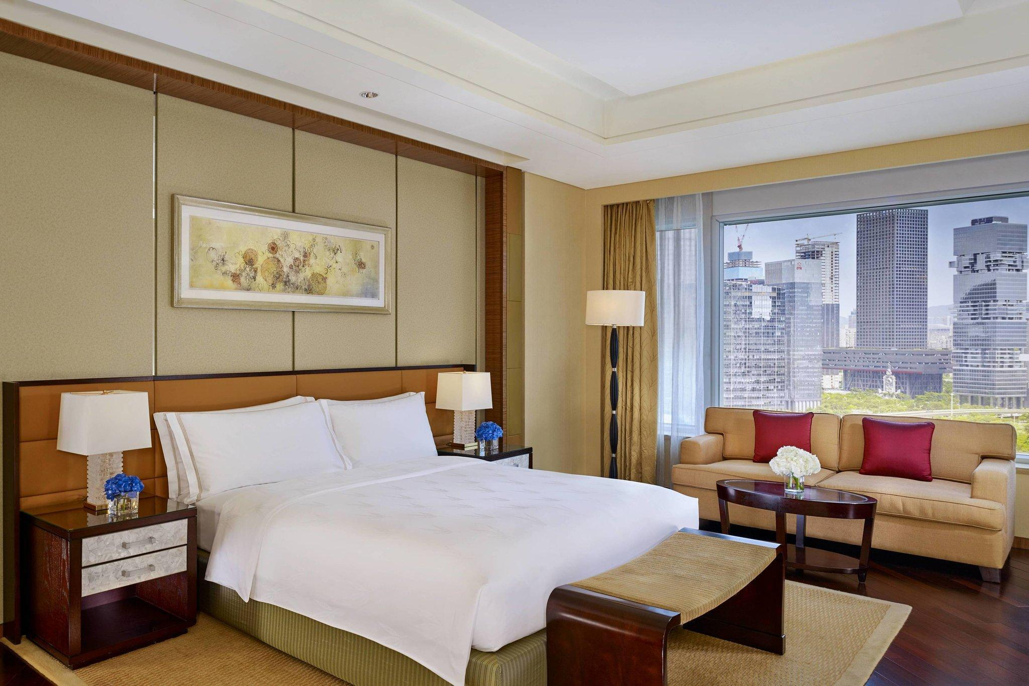 Club Deluxe Room, Club lounge access, Guest room, 1 King