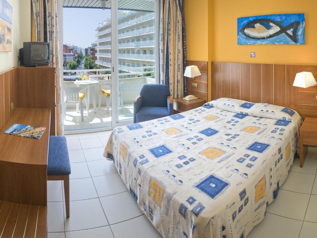 Hotel Aquarium in Lloret De Mar - Room Deals, Photos & Reviews