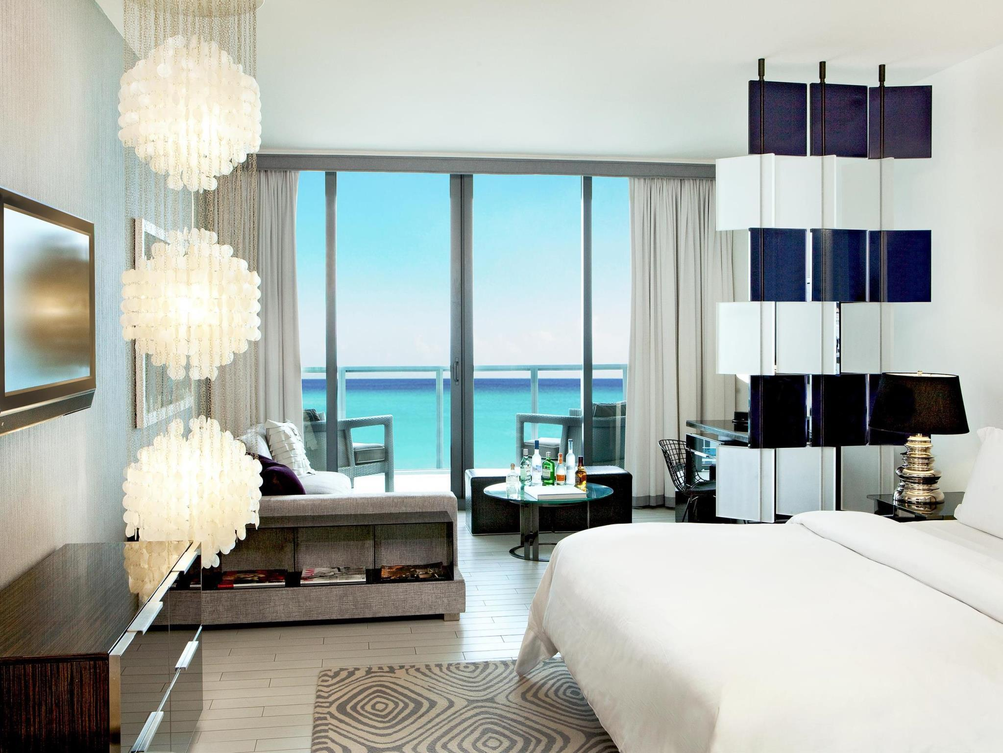 King Suite con Vistas al Mar (King Suite with Ocean View)