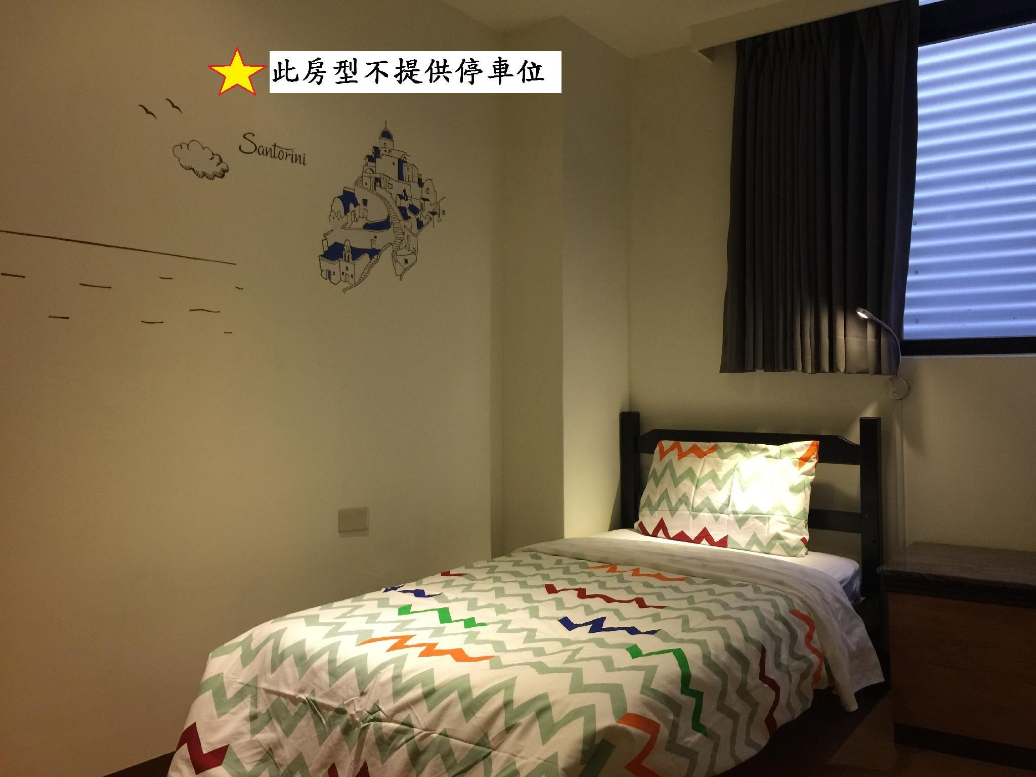【限女性】單人房 - 需共用浴室 (Female Single Room with Shared Bathroom)