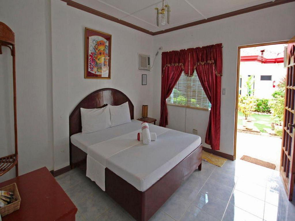Standard Room Isis Bungalows