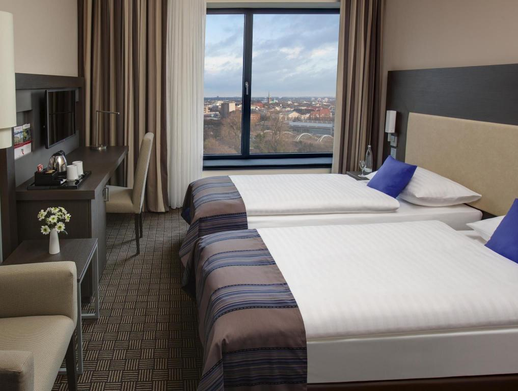 Kamar Business Plus - Pemandangan IntercityHotel Hamburg Dammtor - Messe