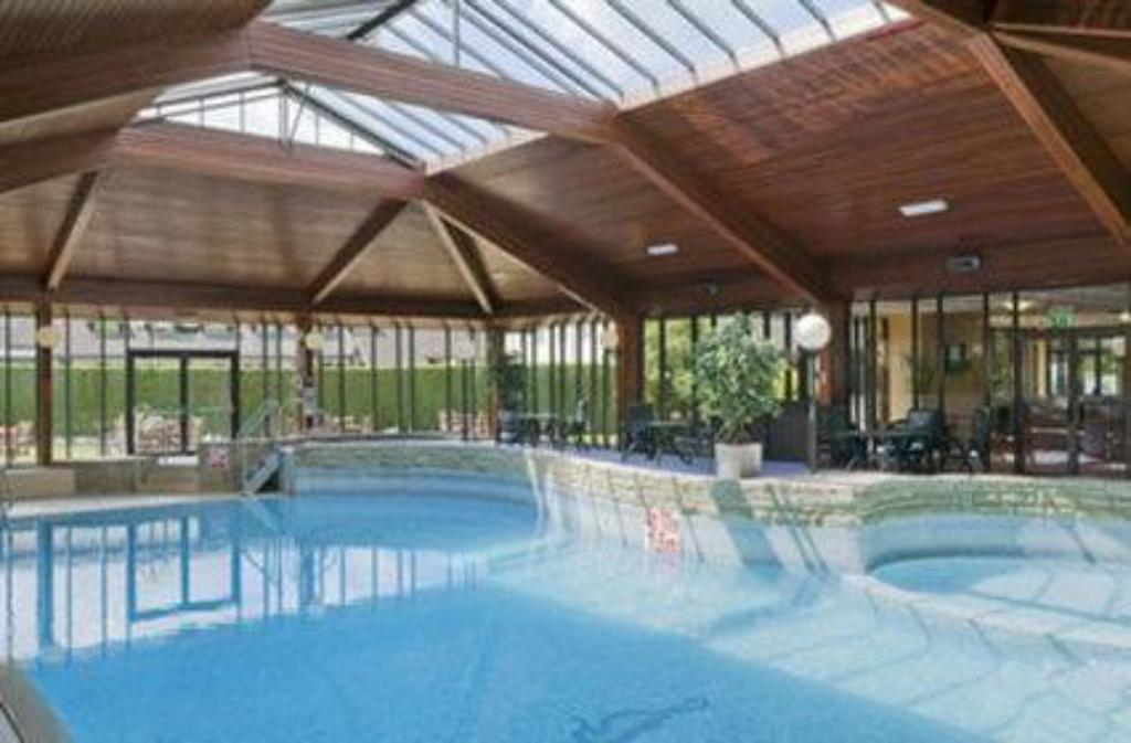 Swimming pool Airport Inn Manchester