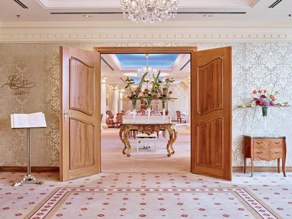 Grand Hotel Wien Pet Friendly In Vienna Room Deals Photos Reviews