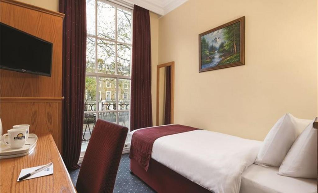 Single Room Days Inn Hyde Park