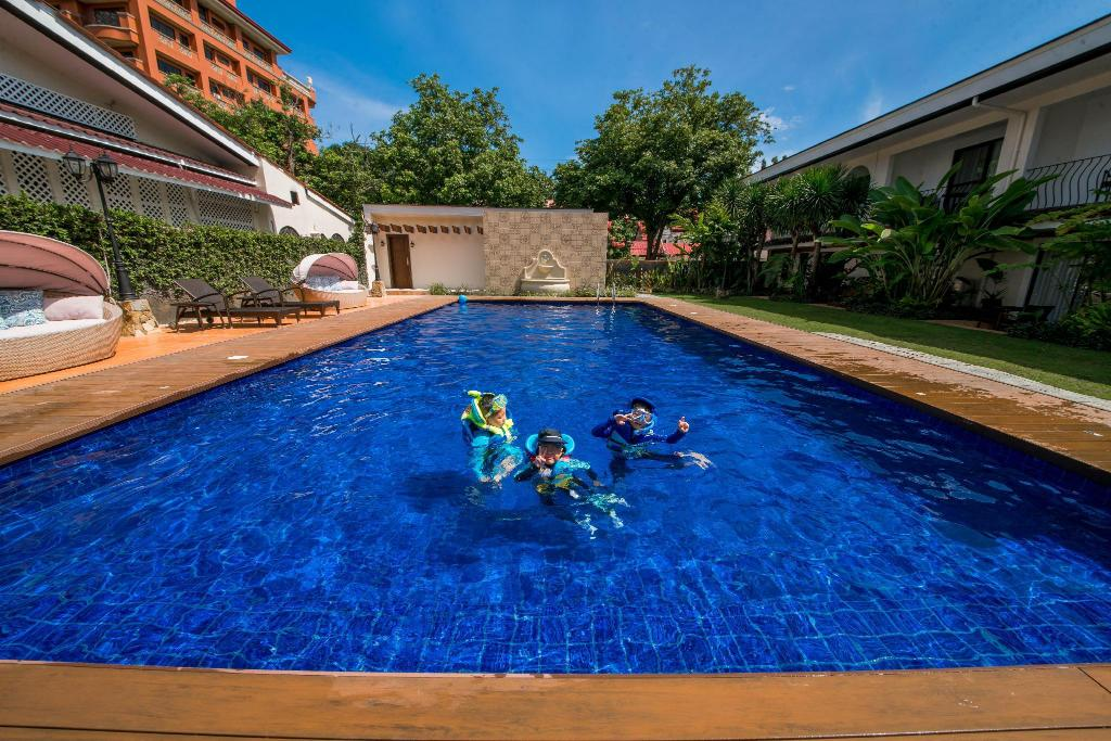 Montebello villa hotel in cebu room deals photos reviews - Hotels in cebu with swimming pool ...