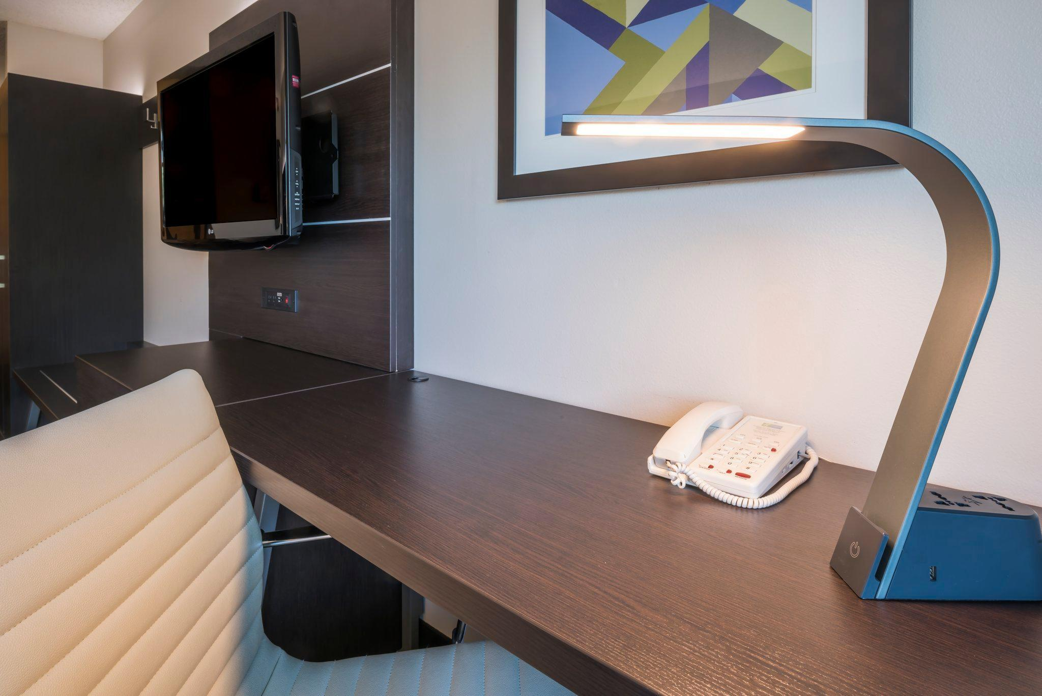 Book Holiday Inn Express Hotel Suites