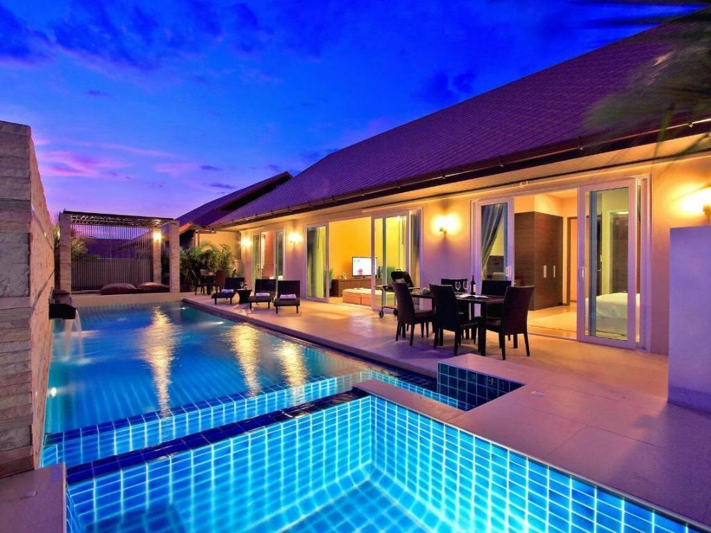 Best Price On The Ville Jomtien Pool Villa In Pattaya