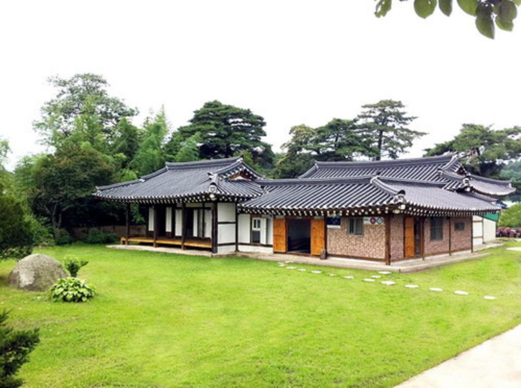More about Gyeongbokgung Pension