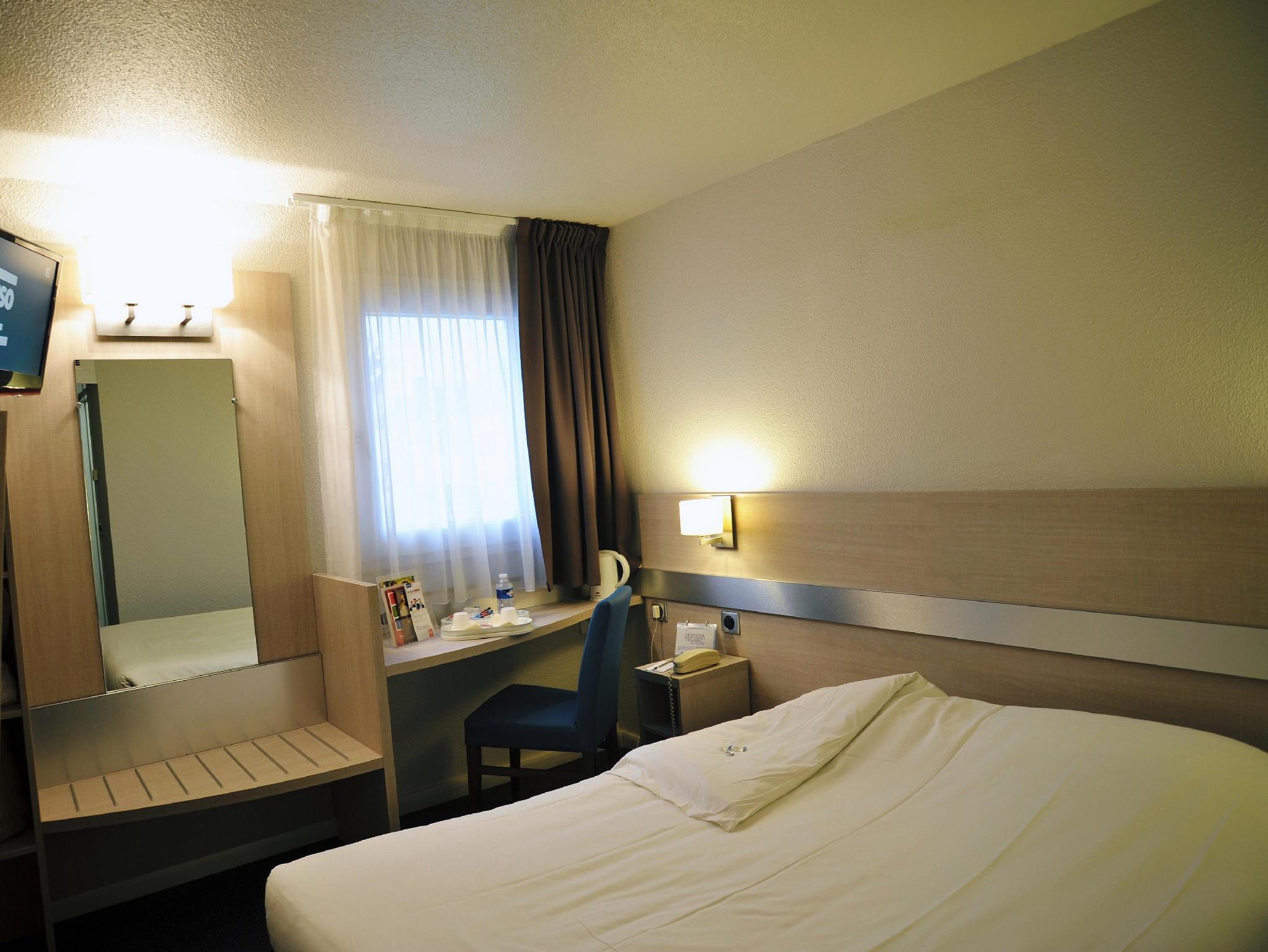 Kyriad Hotel Paris Porte D U0026 39 Ivry In France