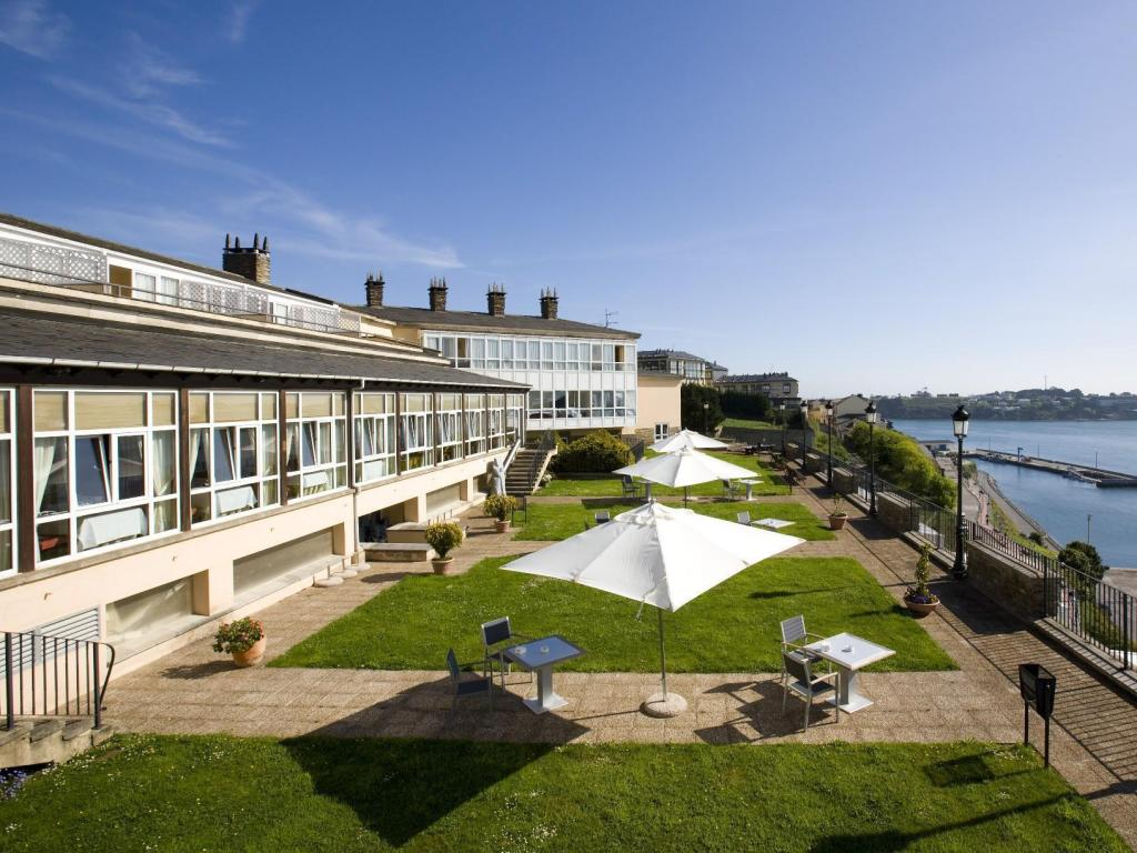 More about Parador de Ribadeo