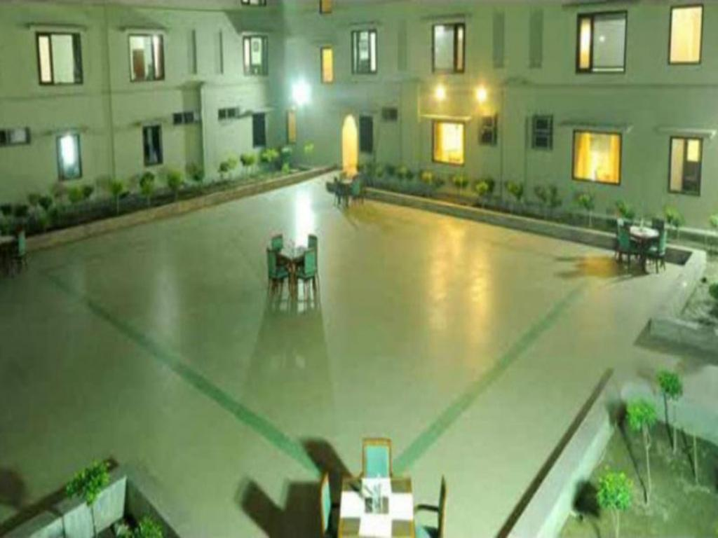 Vista Interior Hotel Uday Residency