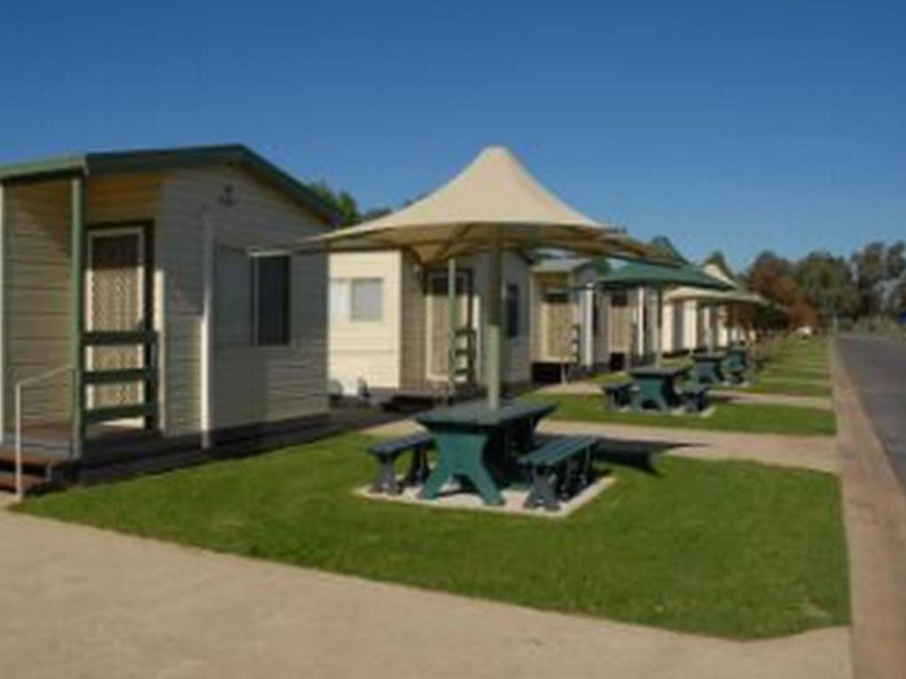 More about Yarrawonga Holiday Park Cabins