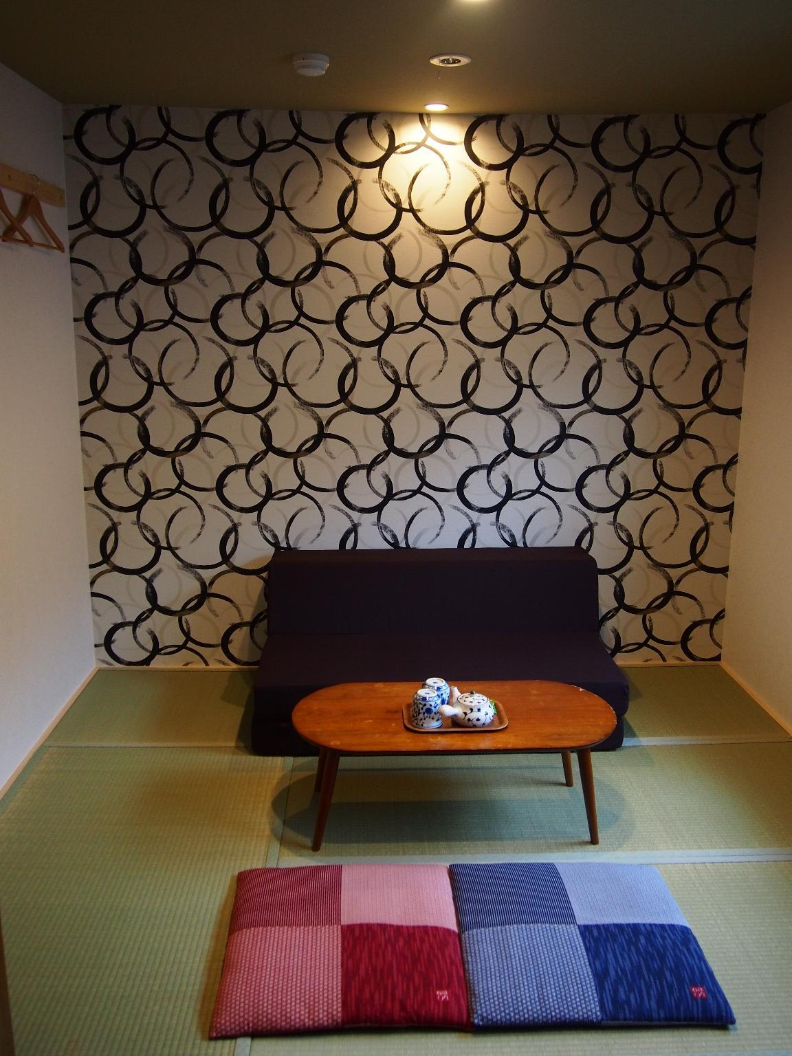 日式客房(兩床) - 需共用衛浴 (Japanese Style Twin Room with Shared Bathroom)