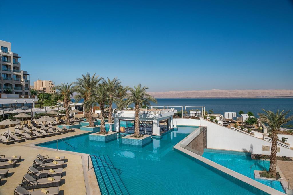 Rechazar anfitrión Sonrisa  Hilton Dead Sea Resort & Spa Hotel - Deals, Photos & Reviews