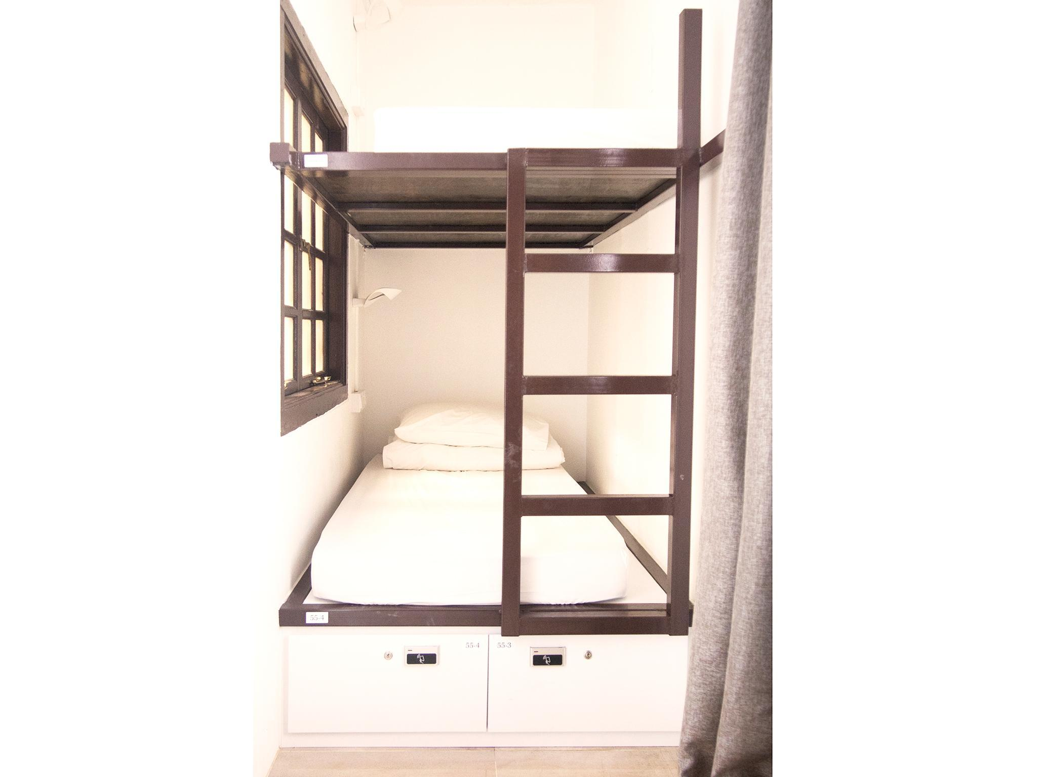 Single Bed in Superior 5-Bed Dormitory