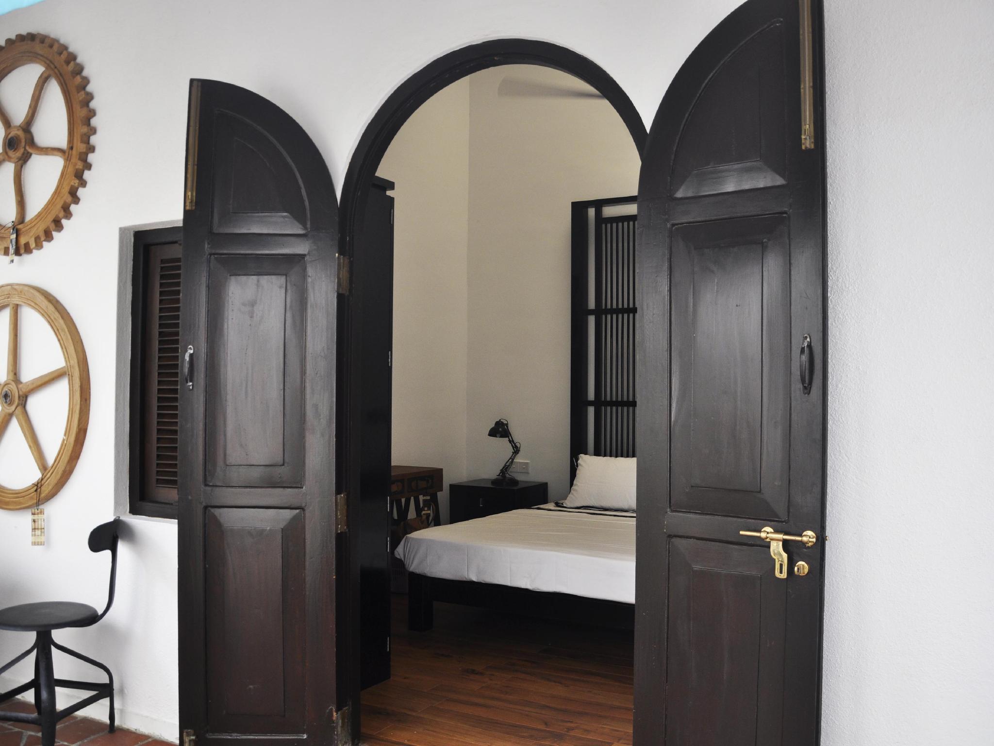 lectricit finest v lo maison creation d lectricit r. Black Bedroom Furniture Sets. Home Design Ideas