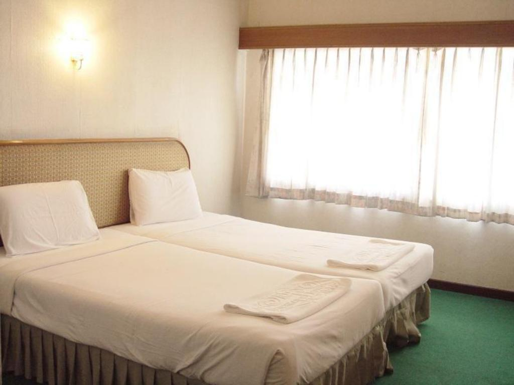 Double ou Twin Deluxe Hotel Petchkasem Grand