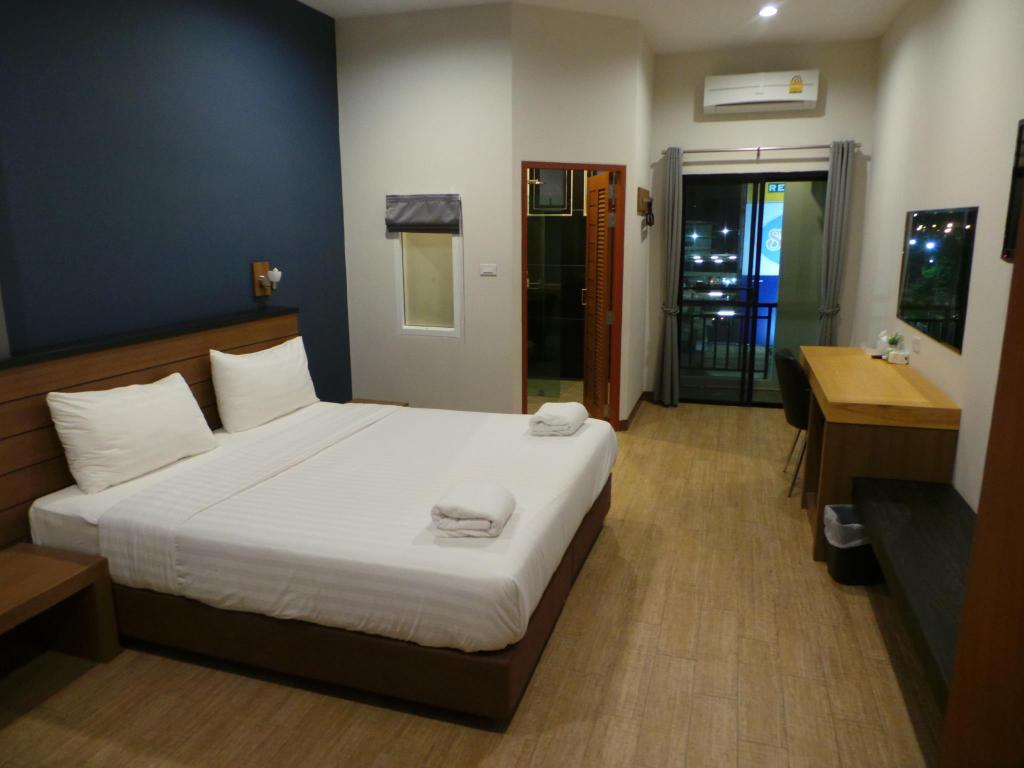 Bird Day Boutique Hotel In Mukdahan Room Deals Photos Reviews