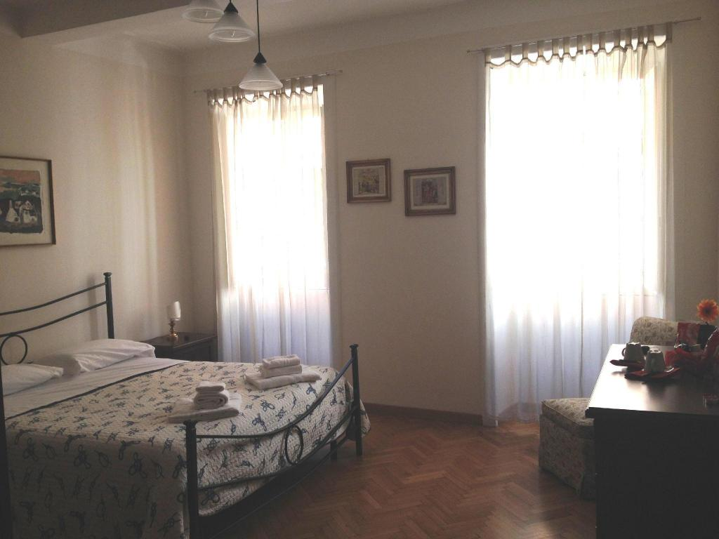 Doppelzimmer Gennyrooms Piazza di Spagna Guest House