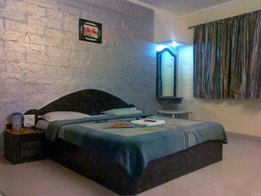 See all 8 photos Hotel Royal Residency