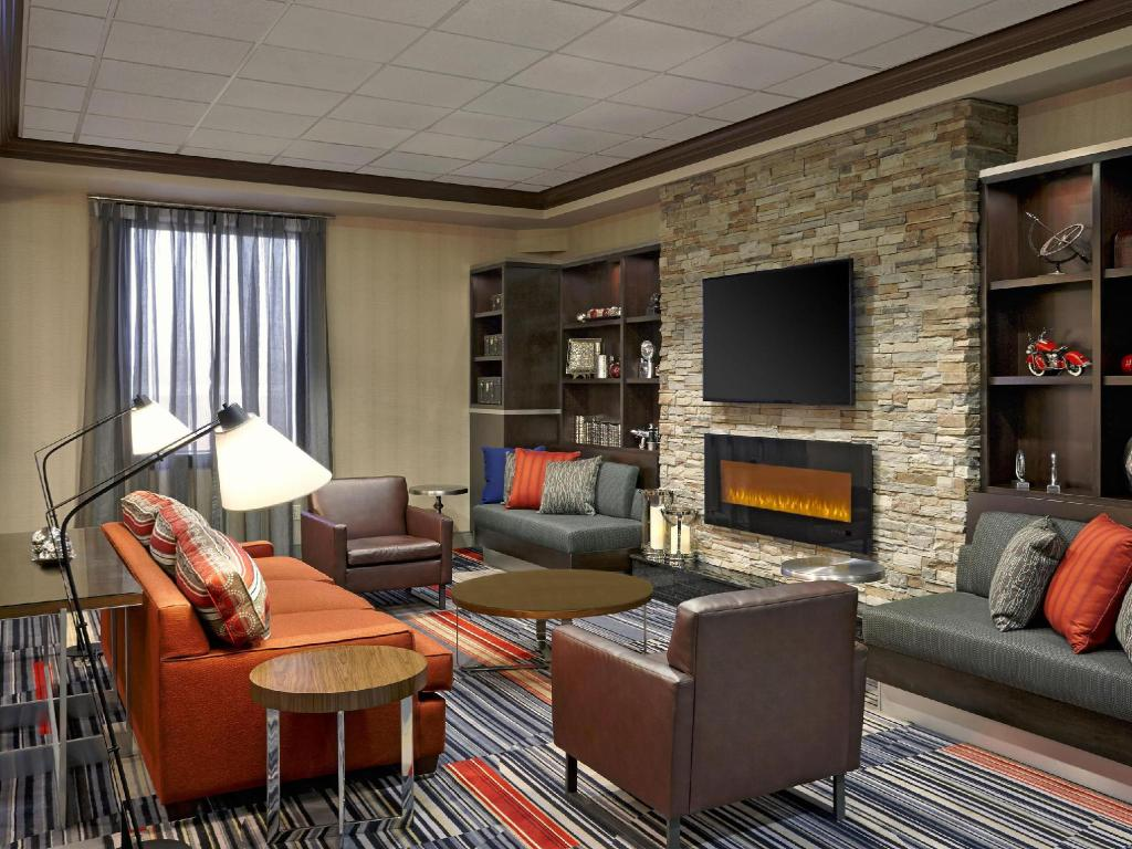best price on four points by sheraton waterloo kitchener hotel and