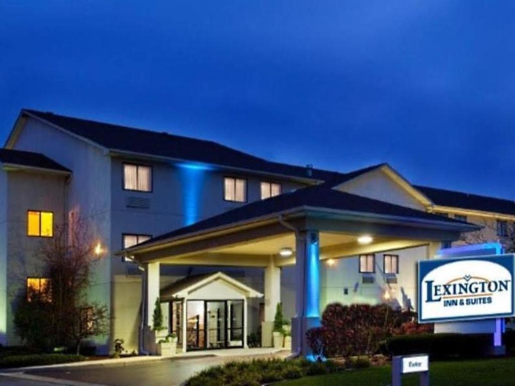 lexington inn and suites joliet plainfield i55 north in. Black Bedroom Furniture Sets. Home Design Ideas