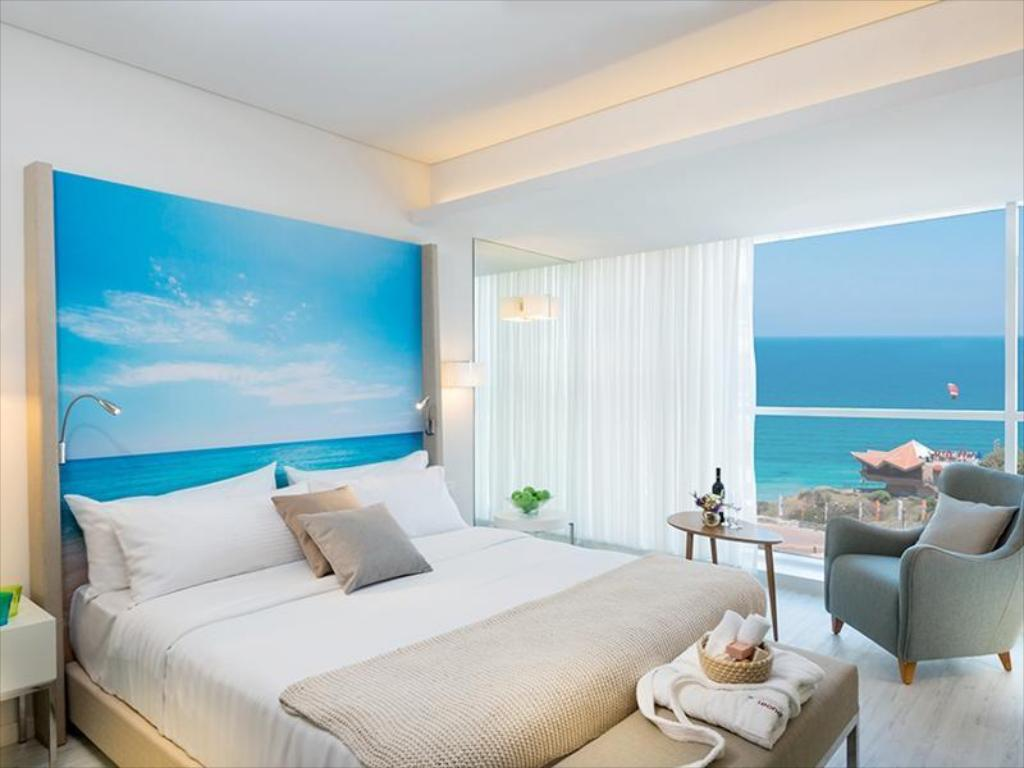 Делюкс - Гостевой номер Leonardo Plaza Netanya Hotel by the Beach