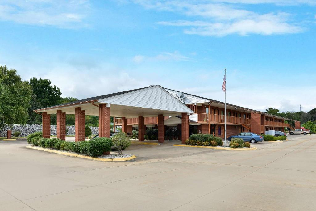 More about Americas Best Value Inn & Suites - Sheridan, AR
