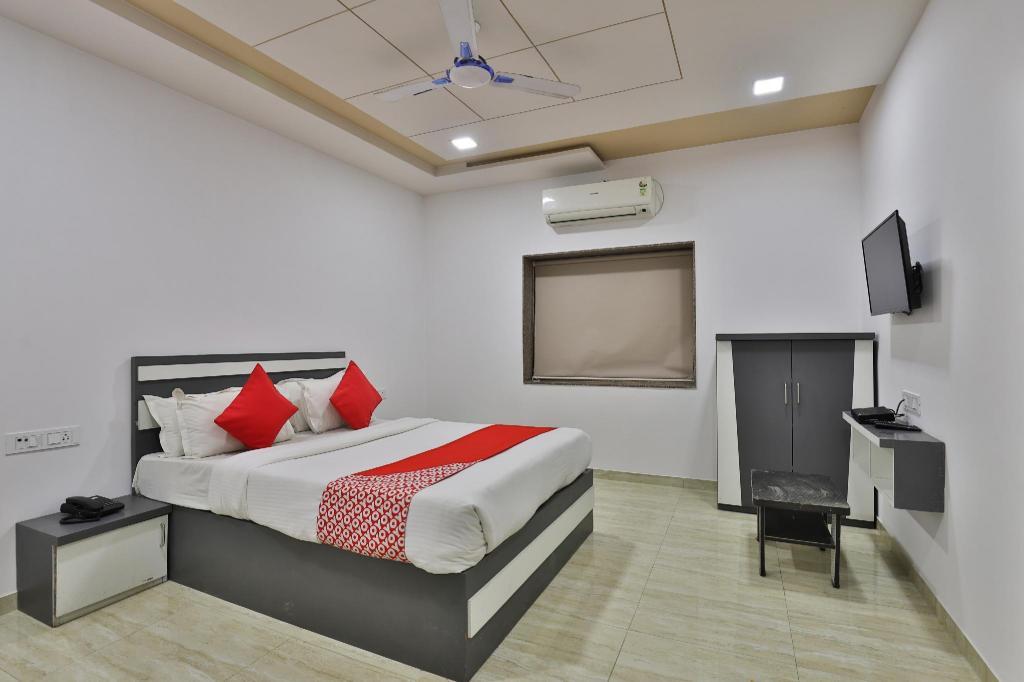 OYO 29155 Village Hotel, Diu, India - Photos, Room Rates