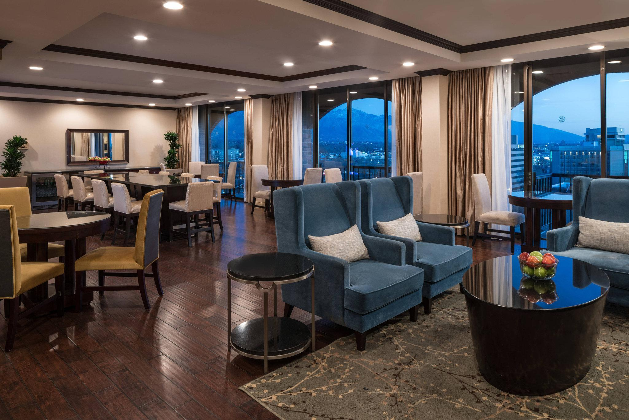 Executive Suite 1 King