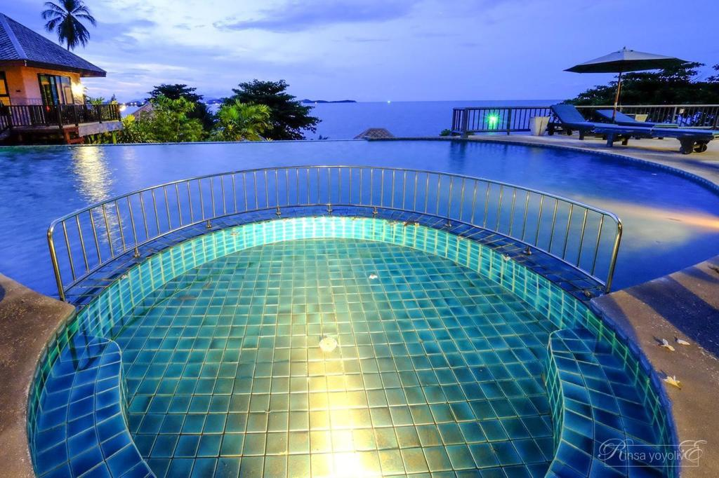 Swimming pool [kids] Merit Resort Samui