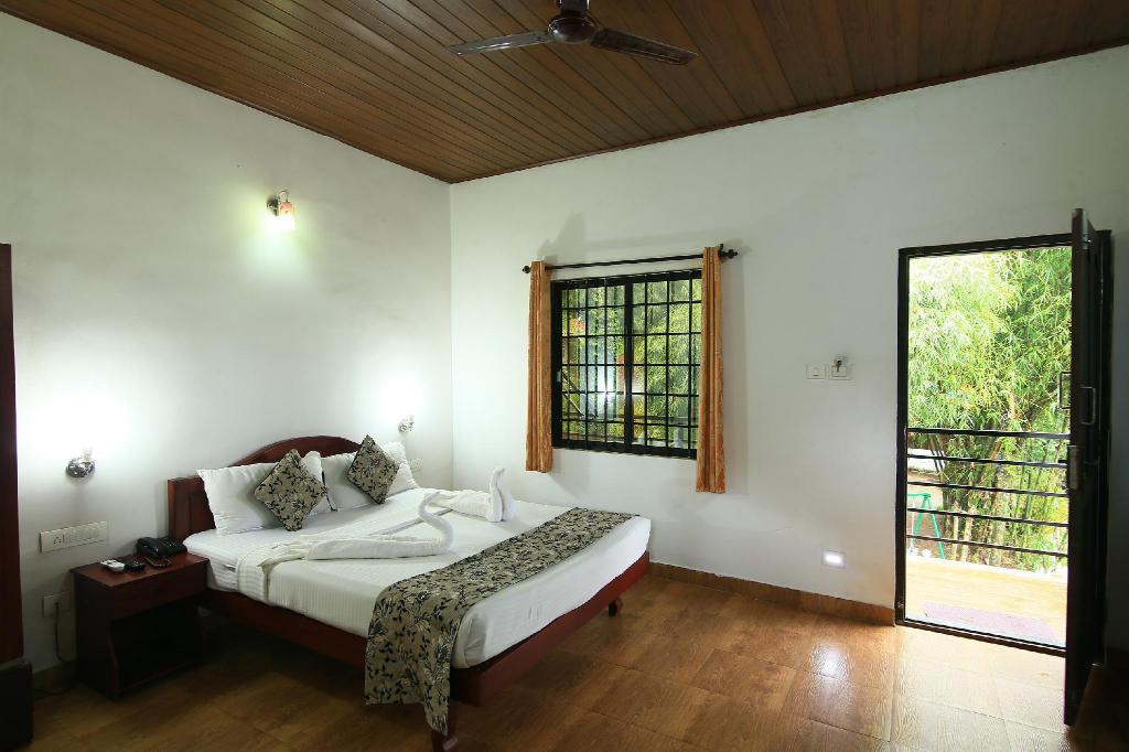 Spice Jungle Resorts, Munnar, India - Photos, Room Rates & Promotions