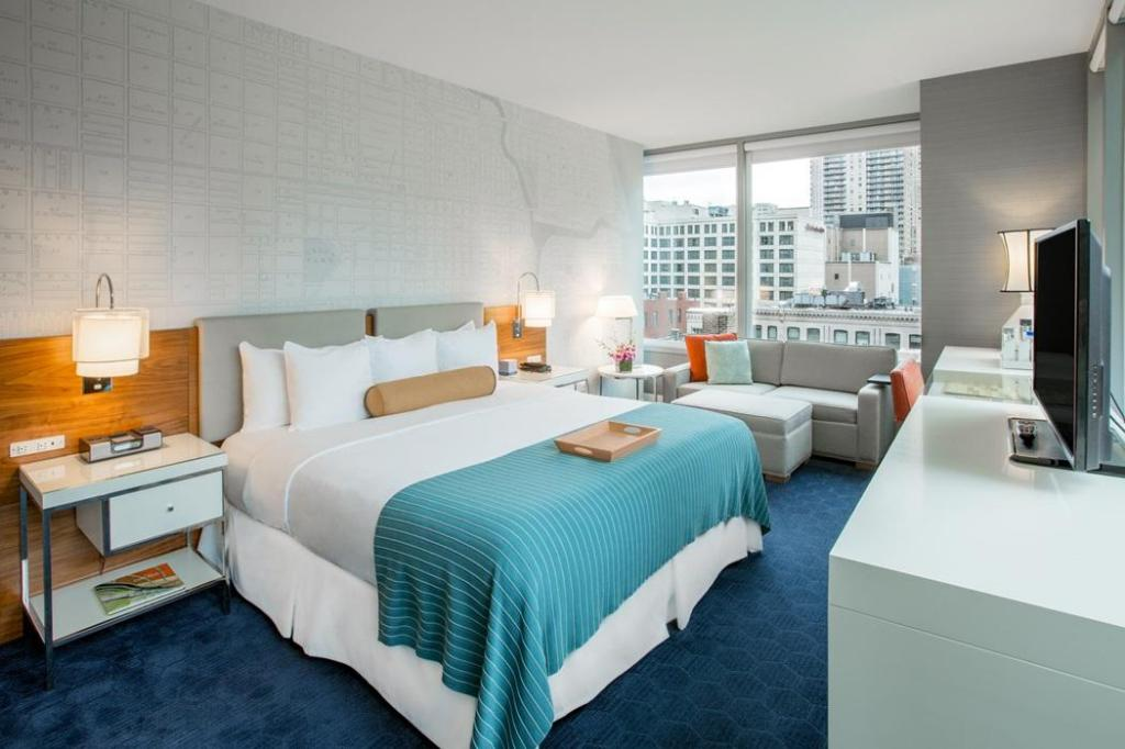 More about Kinzie Hotel